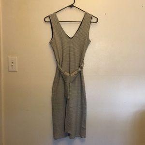 TopShop Sleeveless Vneck Dress Size 6